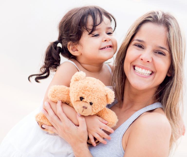 Mama Thrive Brand Image