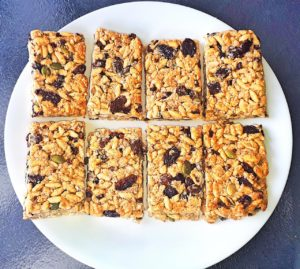 Rice puff muesli bar